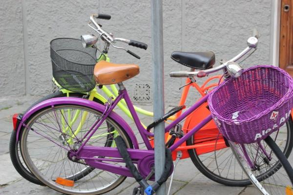 vélos dans une rue de Florence