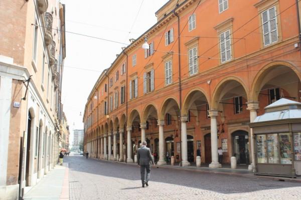 rue de modene