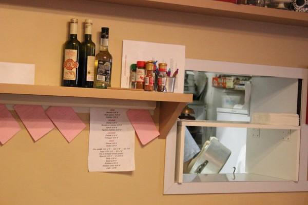 Dans les cuisines d'un restaurant de Modène