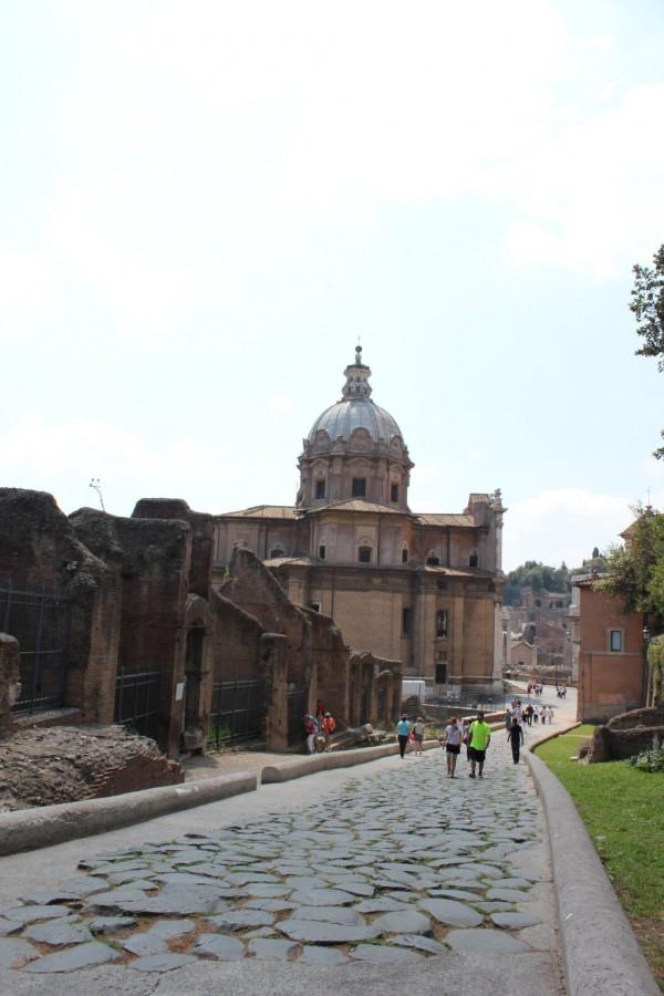 Voie pavée sur le forum romain