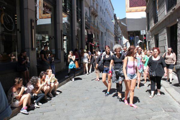file d'attente devant Luini à Milan