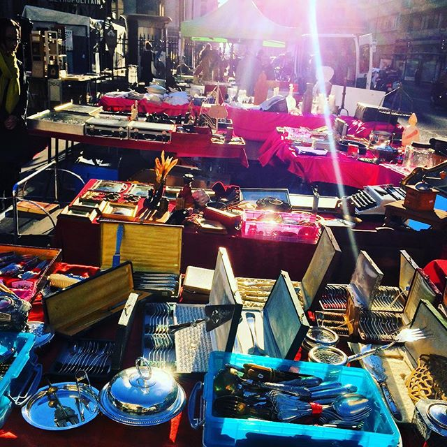 #paris #secondhand #shopping #vintage #france #morningsun